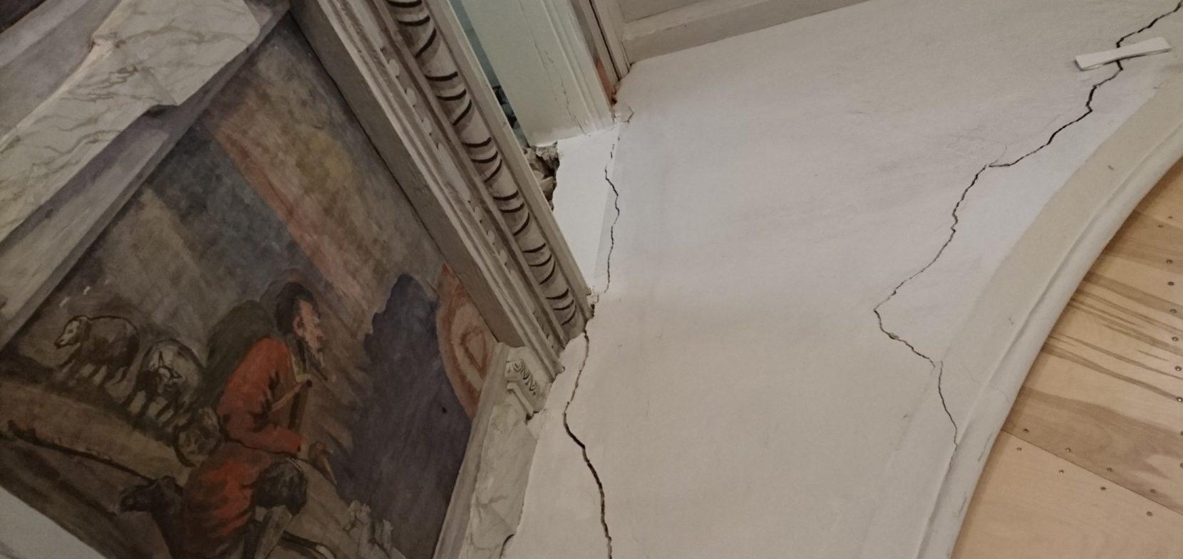 Gib festen Halt! – Risse bedrohen Leubnitzer Kirche